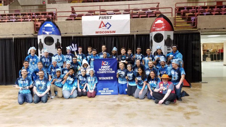 Trident Robotics Wins Seven Rivers Regional!